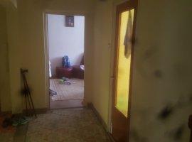 Apartament cu 3 camere zona Centrala