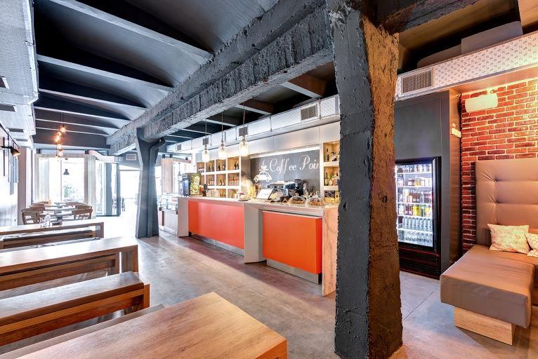 Spatiu comercial-cafenea