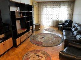 Apartament 3 camere+garaj Babadag