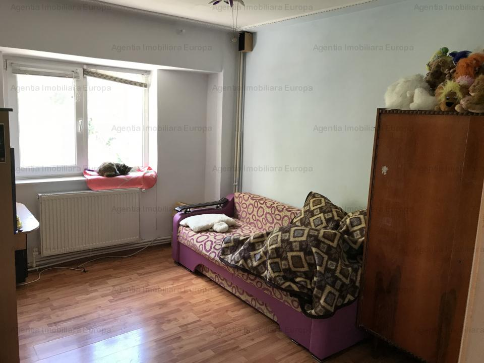 Apartament 3 camere în zona Ultracentrala