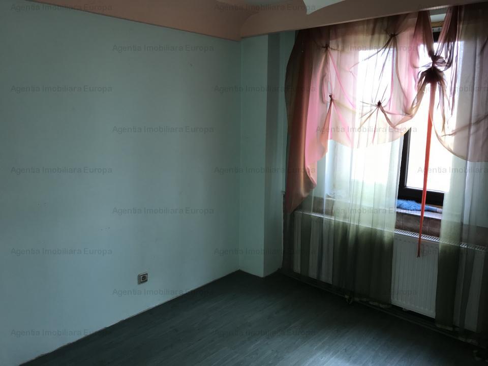 Apartament 4 camere zona Centrala