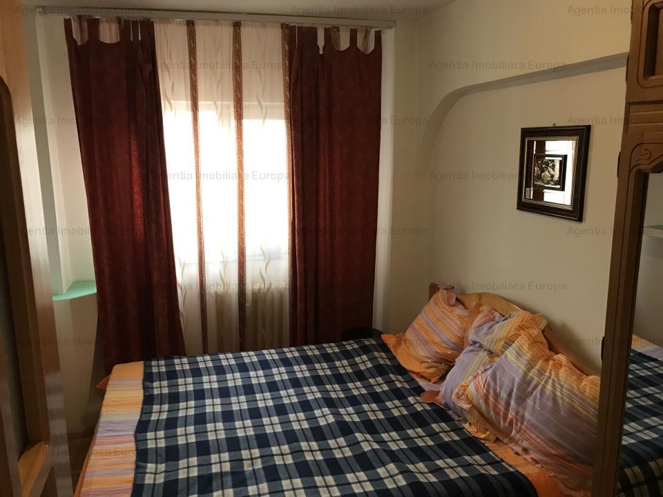 Apartament 3 camere zona Pelican