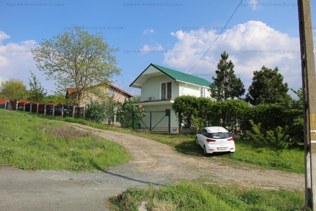 Casa de vacanta P+M , loc. Parches