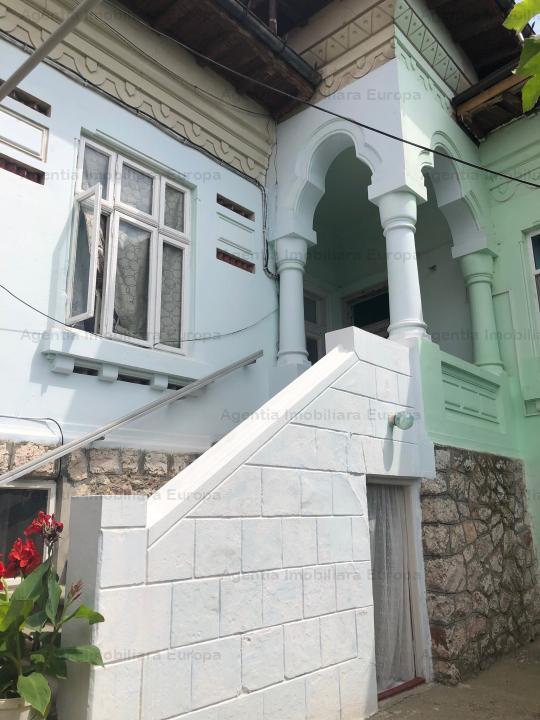 Casa caramida zona centrala