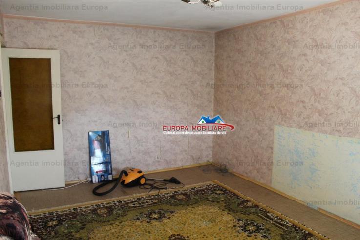 Vanzare apartament 2 camere, Dallas, Tulcea