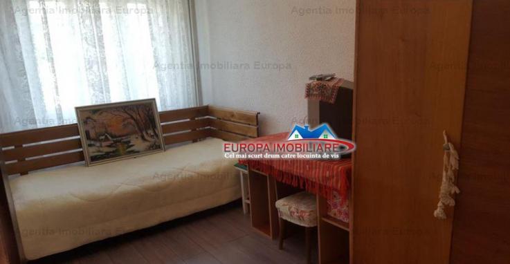 Vanzare apartament 2 camere, 23 August, Tulcea