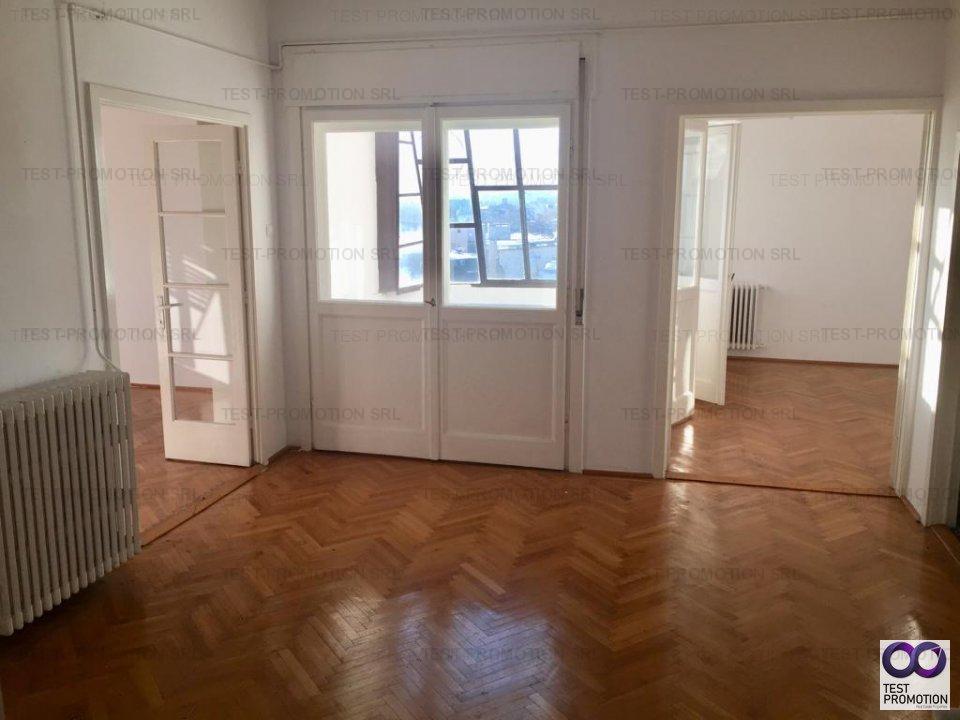 Vanzare apartament 3 camere, rond Piata Romana