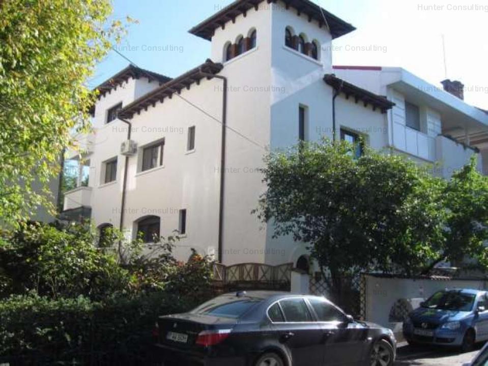 Duplex vila interbelica Primaverii