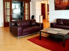 Inchiriere Apartament 4 Camere Stefan cel MARE -  Central Park