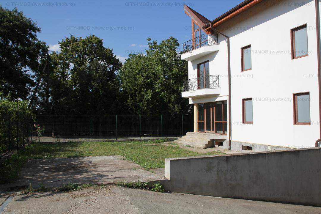 VANZARE VILA GHERMANESTI SNAGOV