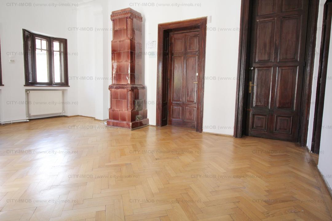 Inchiriere etajcomplet  intr-o vila in zona Piata Romana