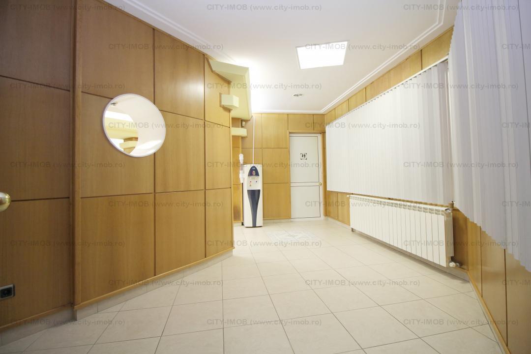 Inchiriere apartament 5 camere Armeneasca