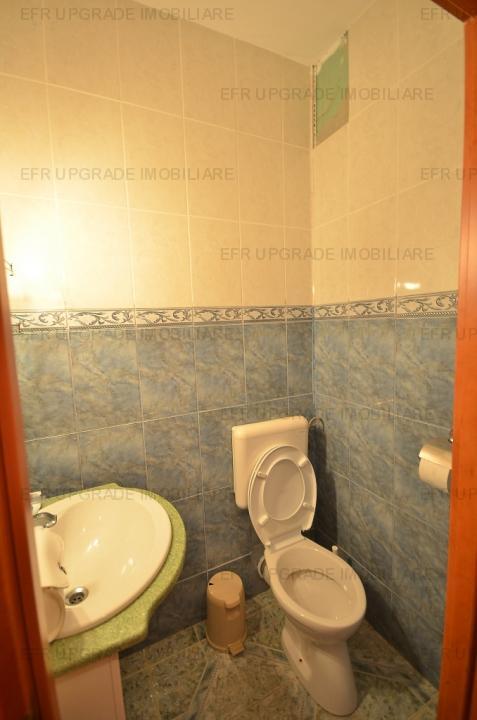 Vila de vanzare 7 camere, zona Chibrit