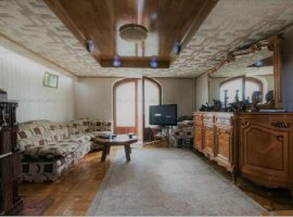 Penthouse 2/3 nivele in vila - Piata Domeni - Oportunitate de investitie!