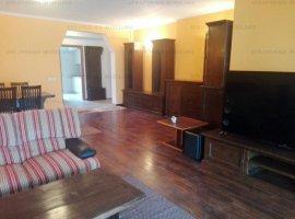 EFR Upgrade Imobiliare - Apartament 5 camere, Piata Romana