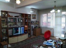 EFR UPGRADE IMOBILIARE - Vila de vanzare 6 camere, Domenii - Mihalache
