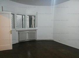 Apartament 4 camere - Central Ion Brezoianu - Bloc cu bulina