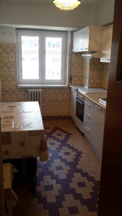 Apartament 3 camere de vanzare zona Mihalache - Averescu