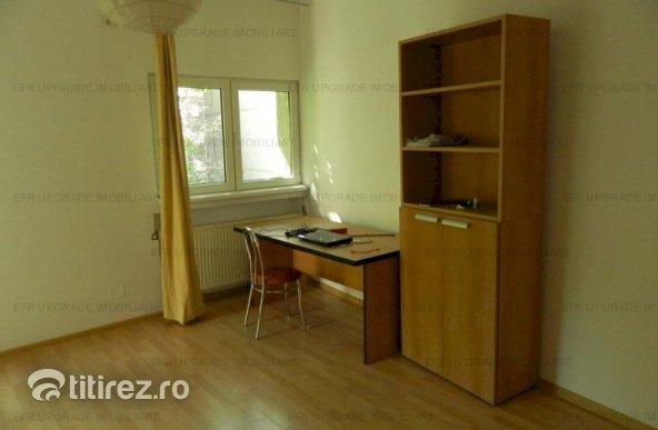 EFR UPGRADE - Apartament 3 camere de vânzare in vila zona Primaverii