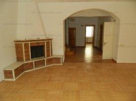 EFR UPGRADE - Vila cu 8 camere de vanzare zona Domenii