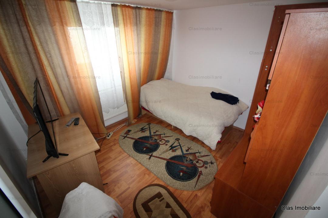 Casa la pret de apartament cu 2 camere !!