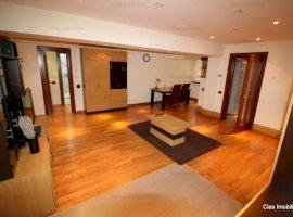 Apartament 113 mp zona Palatul de Justitie Lux  !!