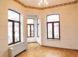Vila renovata in zona Universitate  - Rosetti