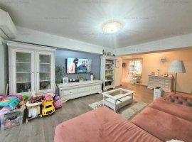 Apartament 3 camere, B-dul Unirii, bloc Zepter