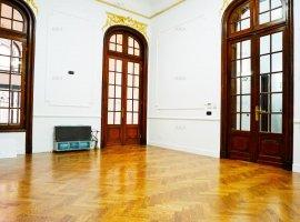 Vila interbelica consolidata si renovata - Universitate