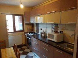 Apartament 3 camere 1 Decembrie 385 euro