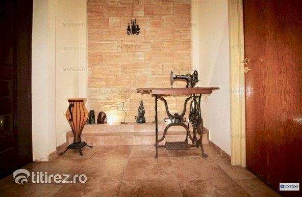 PIATA ROMANA - ATENEUL ROMAN - APARTAMENT 5 CAMERE, MOBILAT COMPLET!