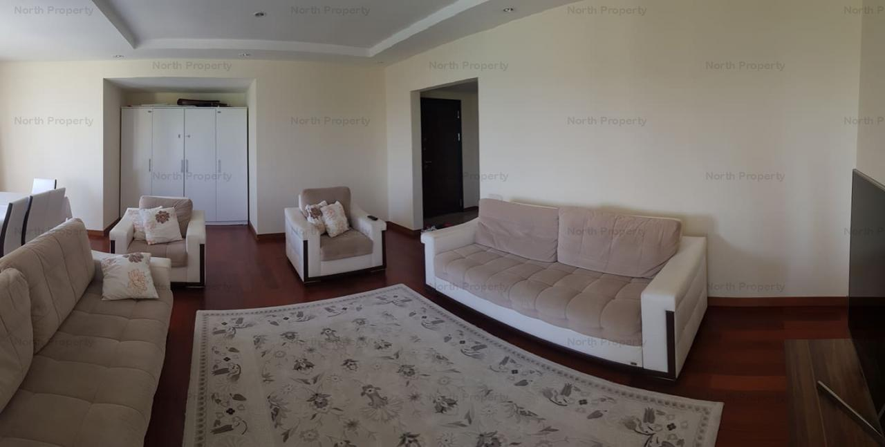3 camere decomandat in Complex Cosmopolis