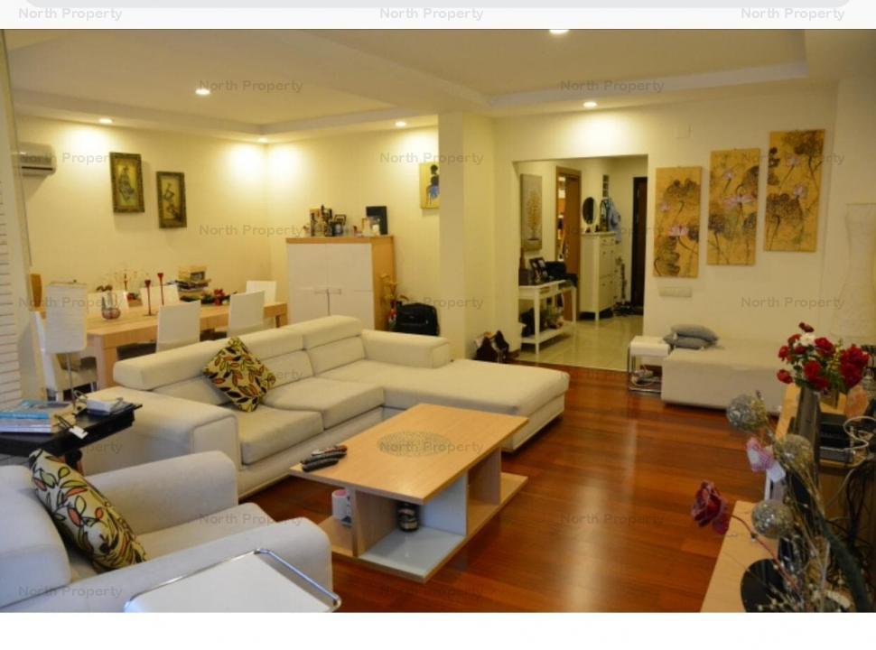 Vila 4 camere in Complex Cosmopolis