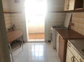 Apartament 3 camere, decomandat, 57mp et 4,