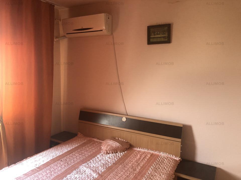 Apartament 3 camere, decomandat, 57mp et 4,