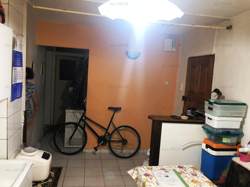 Apartament 3 camere, zona Enachita Vacarescu, Ploiesti