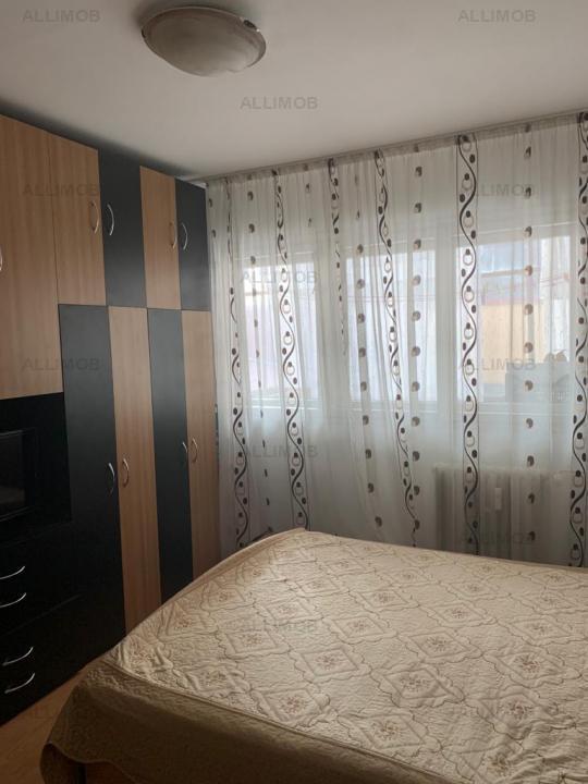 Apartament cu 3 camere, Ploiesti, Bariera Bucov