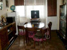 Apartament cu 2 camere in Ploiesti , zona Sud .