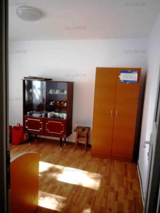 Apartament 3 camere, decomandat, zona Vest, Ploiesti