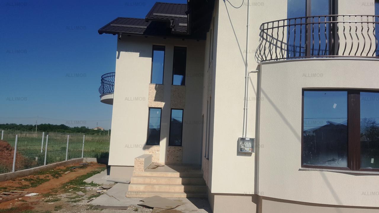 Casa 4 camere in Paulestii Noi.