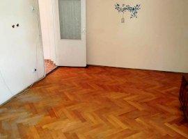 Apartament 3 camere, bucatarie cf 2a, zona vest, Ploiești