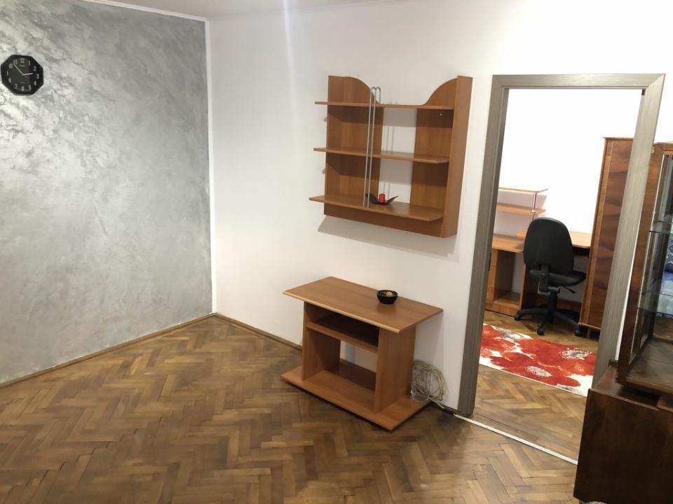https://www.allimob.ro/ro/vanzare-apartments-2-camere/ploiesti/apartament-2-camere-renovat-separatie-gaze-zona-vest-ploiesti_1902