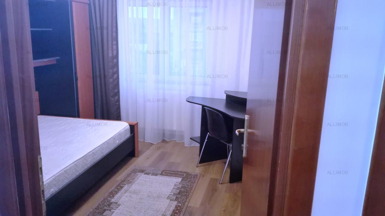 Inchiriere apartament 3 camere in Ploiesti, zona ultracentrala