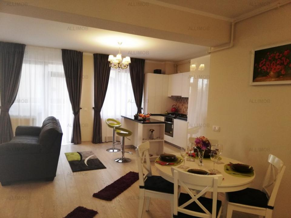 Apartment 3 bedrooms luxury in the center of the area of the Albert
