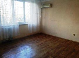 Apartament 3 camere nemobilat in Ploiesti, zona ultracentrala