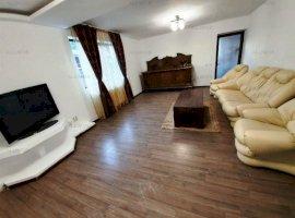 Apartament 3 camere in vila, zona Bereasca