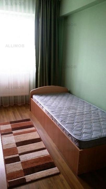 Apartament 3 camere in Ploiesti, zona Bulevardul Bucuresti