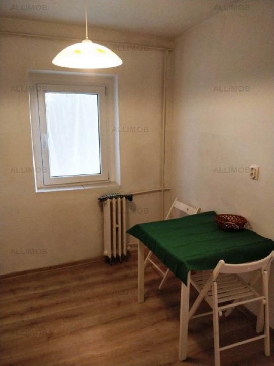 Apartament 3 camere in Ploiesti, zona Enachita Vacarescu