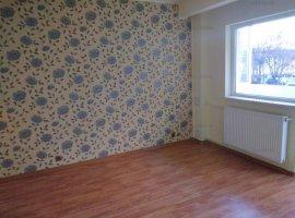 Apartament 2 camere decomandat in Ploiesti, zona 9 Mai