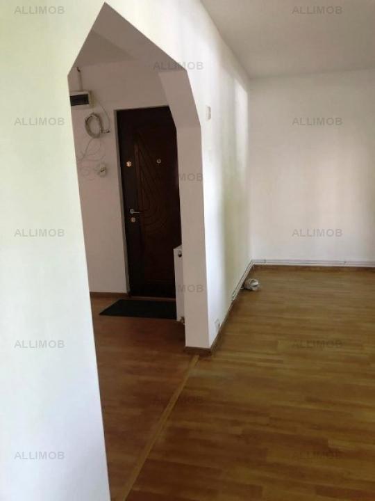 Apartament 4 camere nemobilat in Ploiesti, zona Gheorghe Doja